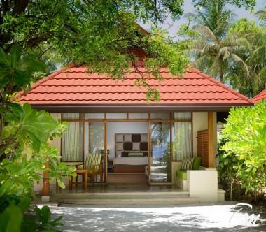 Kurumba Maldives Beach Villa with Jacuzzi Exterior