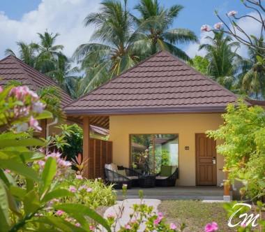 Kurumba Maldives Deluxe Pool Villa Exterior
