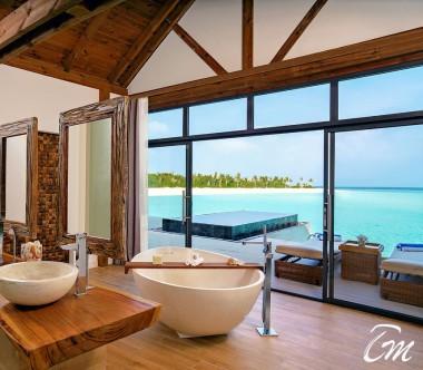 Mövenpick Resort Kuredhivaru Maldives Overwater Pool Villa Sunrise Lagoon Bathroom