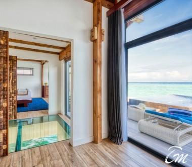Mövenpick Resort Kuredhivaru Maldives Overwater Pool Villa Sunrise Ocean - Glass bottom