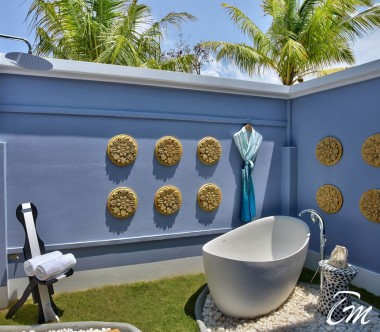 SAii Lagoon Maldives, Curio Collection by Hilton Two Bedroom Beach Villa Outdoor Shower