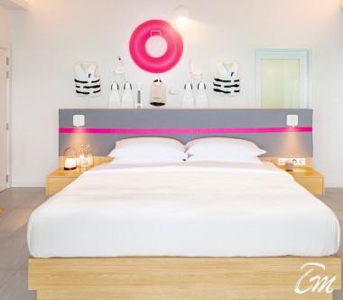 The Standard Huruvalhi Maldives 2 Bedroom Ocean Beach Villa