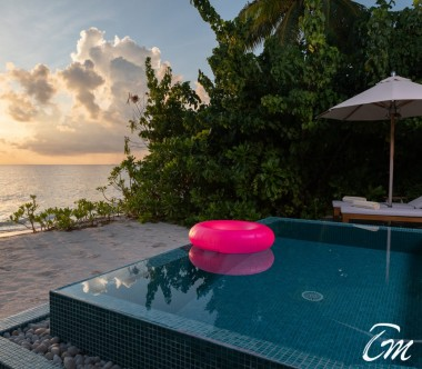 The Standard Huruvalhi Maldives 2 Bedroom Ocean Beach Villa Pool
