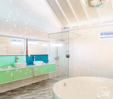 The Standard Huruvalhi Maldives 2 Bedroom Ocean Beach Villa Bathroom