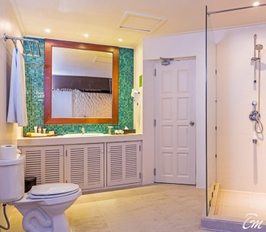 Adaaran Select Hudhuranfushi Family Beach Villa Bathroom
