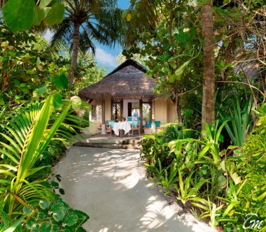 Anantara Dhigu Maldives Resort Sunrise Beach Villa Exterior