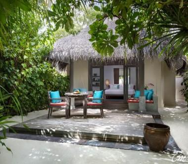 Anantara Dhigu Maldives Resort Sunset Beach Villa Exterior