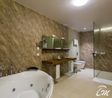 Cocoon Maldives Lagoon Suites Bathroom