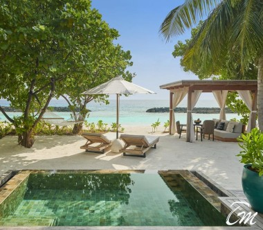 Fairmont Maldives - Sirru Fen Fushi Beach Sunrise Villa - Beach View