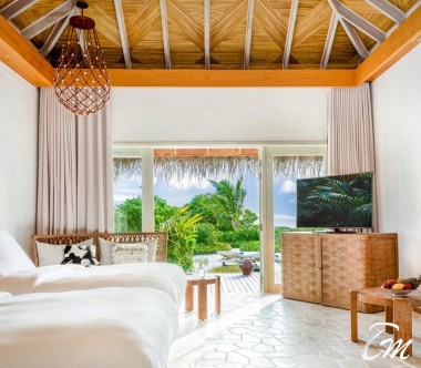Fairmont Maldives - Sirru Fen Fushi Seven Bedroom Beach Sunset Villa Interior