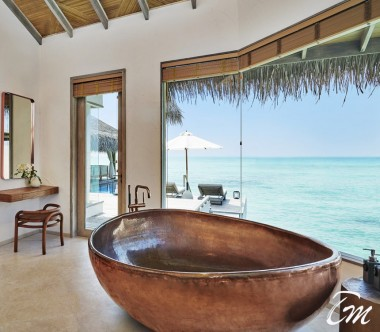 Fairmont Maldives - Sirru Fen Fushi Three Bedroom Water Sunset Villa Bathroom