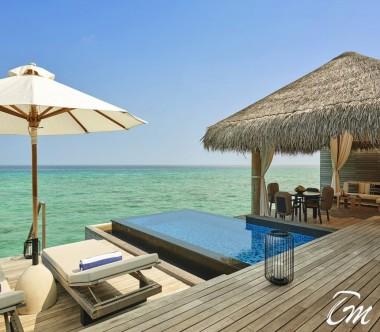 Fairmont Maldives - Sirru Fen Fushi Water Sunrise Vila Pool and Deck