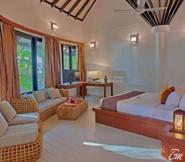 Kihaa Maldives Maldivian Suite with Pool