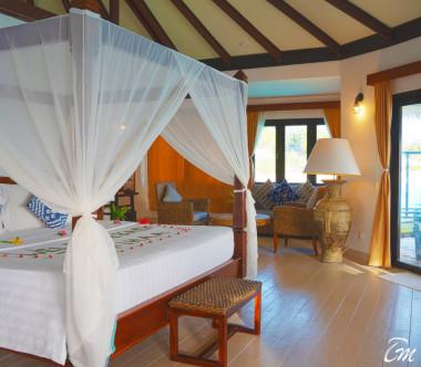 Kihaa Maldives Water Villa with Plunge Pool