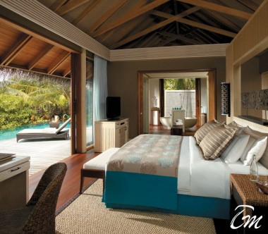 Shangri-La's Villingili Resort and Spa - beach villa with pool Interior