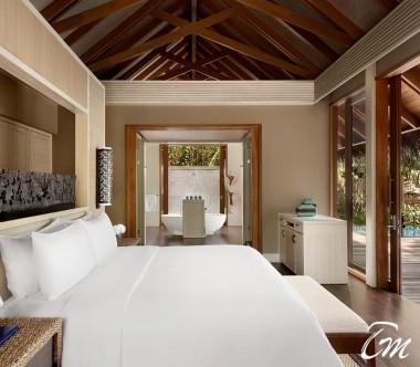 Shangri-Las Villingili Resort - Deluxe Pool Villa  Interior