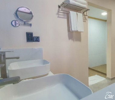 South Palm Resort Maldives Family Villa Bathroom