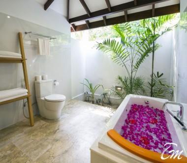 Summer Island Maldives Premium Beach Villas Bathroom