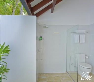 Summer Island Maldives Superior Bungalows Bathroom