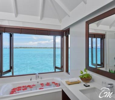 Summer Island Maldives Water Villa Bathroom