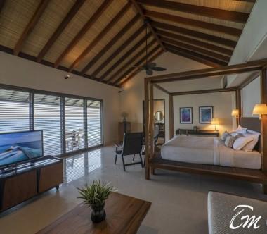 The Residence Maldives Dhigurah Deluxe Lagoon Pool Villa