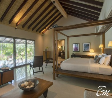 The Residence Maldives Dhigurah Sunrise Deluxe Beach Pool Villa Bedroom