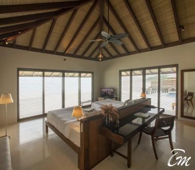 The Residence Maldives Dhigurah Sunrise 2 Bedroom Water Pool Villa Bedroom