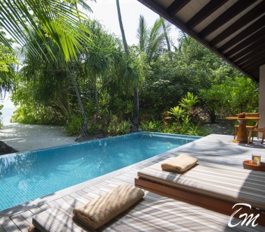 The Residence Maldives Dhigurah Sunset Deluxe Beach Pool Villa