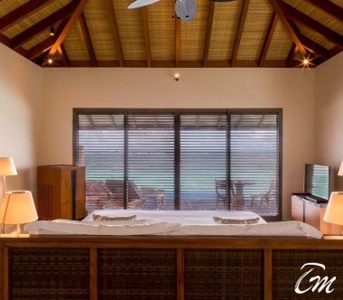 The Residence Maldives Dhigurah Sunset Water Pool Villa Interior