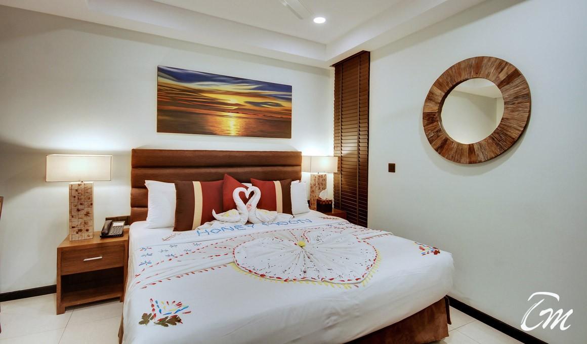 The Somerset Hotel Male - Honeymoon Deluxe Room