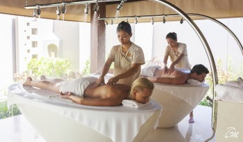 Ayada Maldives AySpa Treatment Couple