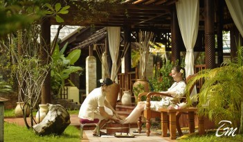 Araamu Spa Leg Treatments - Paradise Island Resort Maldives