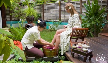 Sun Island Resort - Araamu Spa Leg Treatment
